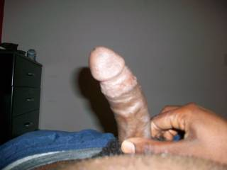 This dick is ready to be sucked in fuck right now so ladies cum in get sum