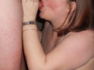 wife sucking a fellow zoiger after he gave her a good fucking