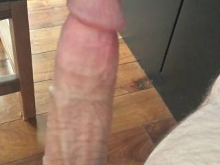 Just getting turned on by sexy Zoig women!