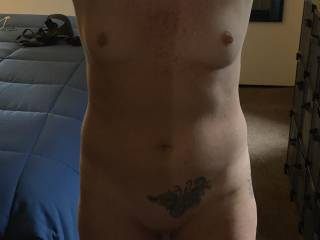 I love this hot body. Any young guys want this sexy body?