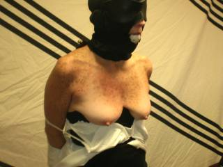 The hooded wife bond getting ready for some close pins