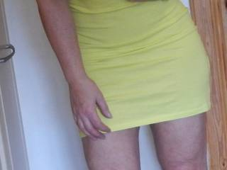 Oh babe! You look so georgeous and sexy in that little yellow dress! Now come here so I can get you out of it! You are gonna look an taste so much better without it!