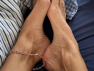Foot wank expert 😉 it's one of my husband's favourites & he loves cumming on my toes
