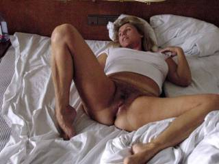 Love the view of that awesome body! What a beautiful, tempting woman!! Would sure enjoy being your lover!