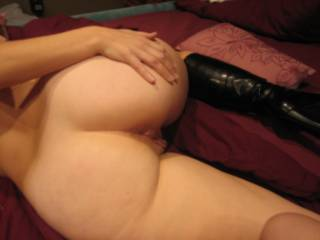 Mmmmm, what a gorgeous ass...and sweet pussy.  Hubby and I would love to kiss that ass and suck on her lips and clit.  K & G