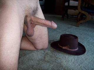 Mmmm, yo have a beautiful morning wood....and loose balls.  My husband has a hat just like that.  I'd like to by laying on the floor with my mouth open ready to suck your sweet morning wood and loose balls.  I'd make you cum.  MILF K