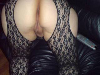 i would love to see my wife  get fucked male or female any takers