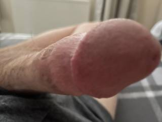 Fancy getting your warm wet mouth/pussy around the tip?