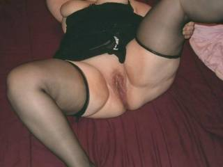 oh so hot i'm jacking off to it right now  looks so hot,wet n tight