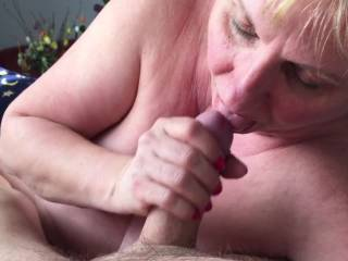 what a fantastic woman you are! So wonderful to see a mature woman who enjoys sucking cock & cum and smiles at the end@ WOW!!