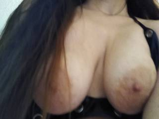 Looking for your  pics and vids of you dirty talking, stroking or cumming on her...it\'s your turn....slide in....to our PM\'s...what\'s your pleasure?