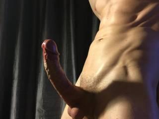 I get soooooo damn hard looking at all you sexy peeps! 😉