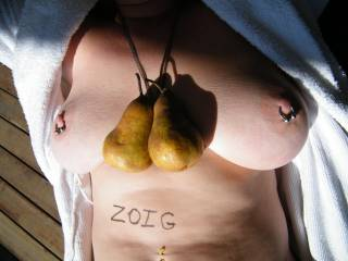 do you think i have a nice pear!!! what do you think???