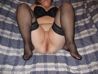 I would love to. Would you like me to eat that lovely pussy first?