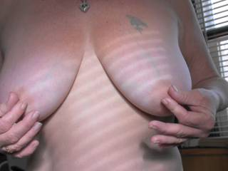 Boyfriend loves it when I play with my nipples and tease him. So what do you think of the girls?