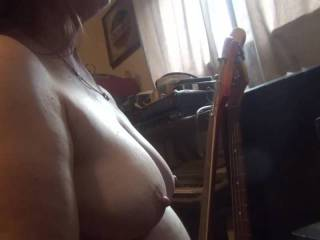 on the webcam with zoig member Chiff I show my tittys and J.O.I him I  am rewarded with a shot glass full of cum yum yum next?