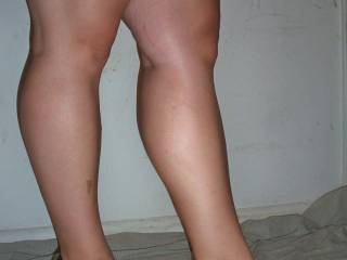 Mmm I would love to start at your toes and slowly kiss my way up your sexy legs.!!!!!!!!!!!!