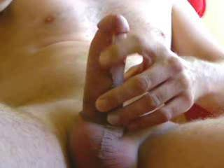 After shaving dick and balls I entered the ZOIG chat to stroke a little bit. I did not jerk off -no cumshot- because I will meet my girl later. This is my first attempt of recording my webcam - hope it gets your pussy wet.