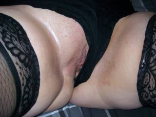 Lupo\'s wife just giving her fans a tease of her pussy...Anyone want to lick her clit?
