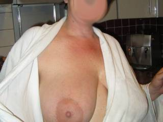 That's one big heavy tit, and i love that huge nipple too