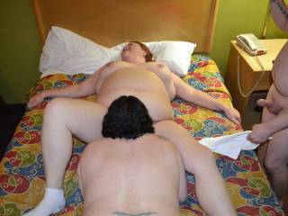 Having repeat fun with a couple in a hotel. Wifey got eaten out real well. :)