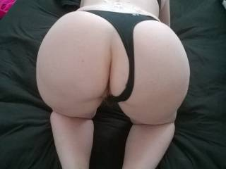Really hot photo, it made my cock rock hard!!  Sexy ass!!