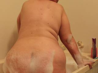 I'd love my wide white ass to look like this after a group of guys have spurted their hot jizz all over it!