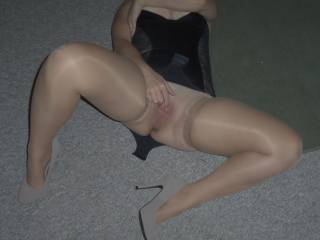 wife rolling over and playing with herself