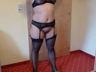your really a sweet and sexy women when you shot off that hot sexy body in your lingerie  What a turn on
