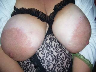 Damn I want to suck these big fucking tits for days, show me more