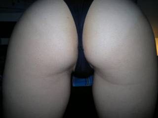 I love your sexy little ass!!! you must feel and taste so good!!! very sexy!!!
