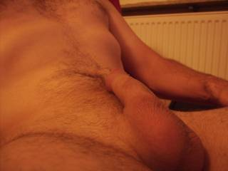 Waiting for a LADIE\'S hands and tongue to please me. Would you like to lick my clean shaven balls? Tell me if you play your pussy watching me.