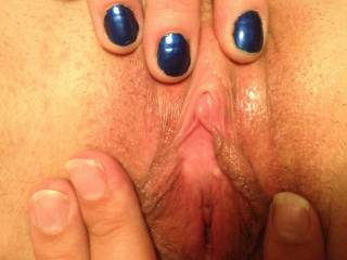 MMM to lick and eat this tight pussy or to stuff my big thick cock deep inside it!!??