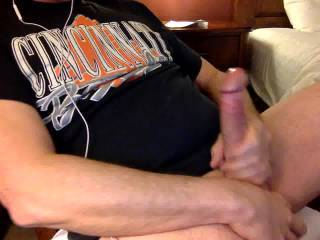 wow great looking big cock. wish i was there to help u cum. id suck n swallow all ur cum