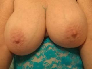 Wanna suck and bite my nipples?