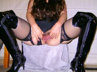 Spreading her hole again. She loves to show it off.