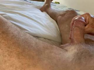 Mr. F says it's hard to hold his load with his legs crossed.  If he can't, are you available to make me cum?  From Mrs. Floridaman