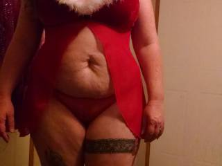 Great outfit , shows off your ample soft belly nicely and your nice thick legs too ...very sexy