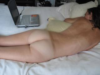 That is a cute ass! I want to lick it.