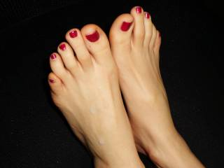 Your feet are realy sexy! I guess I would save my cum for your hot wet pussy but if there is some left afterwards..... I would work hard ;-) for a second load on your nice toes.