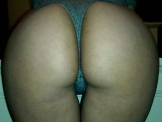 yesss indeed,, beautiful round tightbooty,, I'd love to take it and use it
