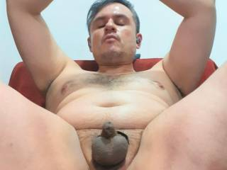 chillin with a buttplug inside my hole