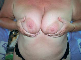 beautiful breasts , love to play with those XXXXXXX
