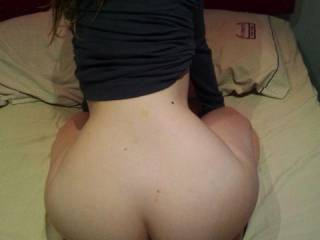 Gorgeous ass...would love to give her a good hard pounding from behind with my FAT BBC