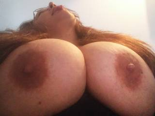 Wow..I cannot resist this hot tongue..!!! I would love to cum on those big tits...!!!