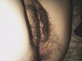 you have one beautiful looking hairy pussy hun mmmmmmm!