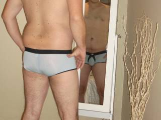 a sexy pic of Mr cc105 just love seeing him some sexy undies
