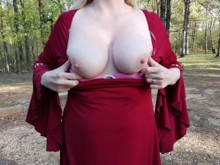 Flashing my tits at the park.