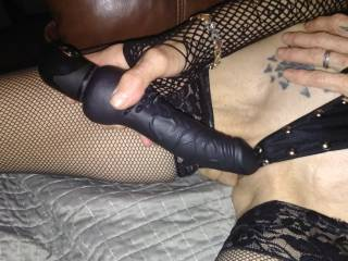 Who would like to watch her play?
