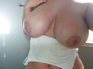 Busty Victoria
